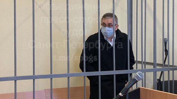 Врач-нефролог Александр Земченков в Октябрьском районном суде Санкт-Петербурга