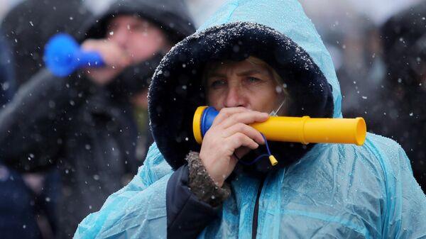 Участница всеукраинской акции на Майдане Незалежности в Киеве