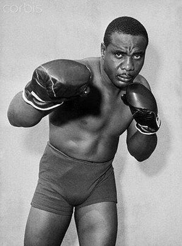 Американский боксер Санни Листон
