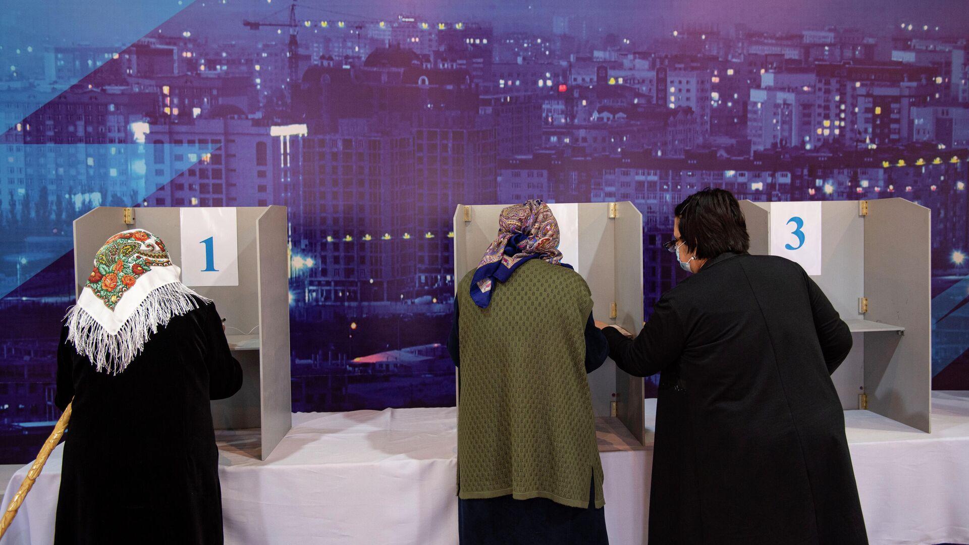 Недовольные итогами выборов в Киргизии проведут митинг в понедельник