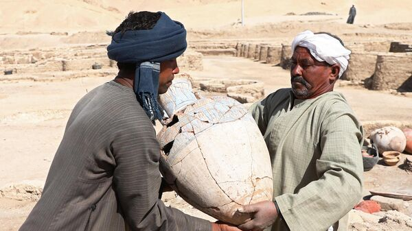 Найденный при раскопках под Луксором древний город