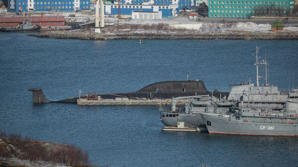 Атомная подводная лодка К-335 Гепард на причале пункта базирования Северного флота России в Гаджиево