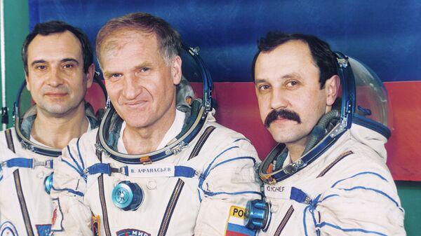 До Луны и обратно: как полететь в космос и вернуться