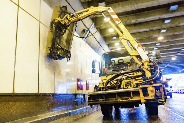 Промывка Ходынского тоннеля