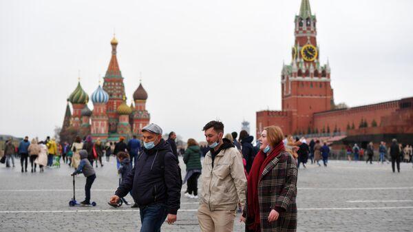 Гражданам Чехии запретили поездки в Россию из-за COVID-19