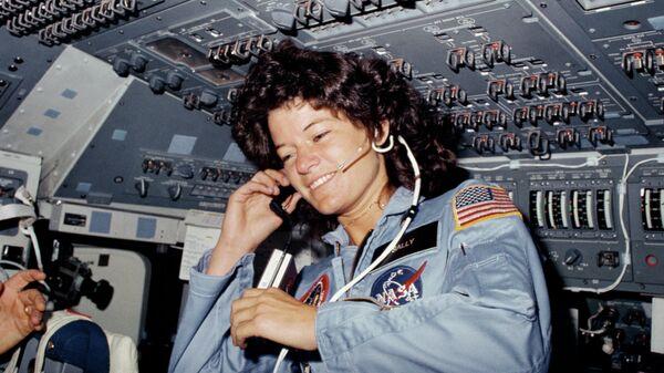 Американская женщина-астронавт Салли Райд