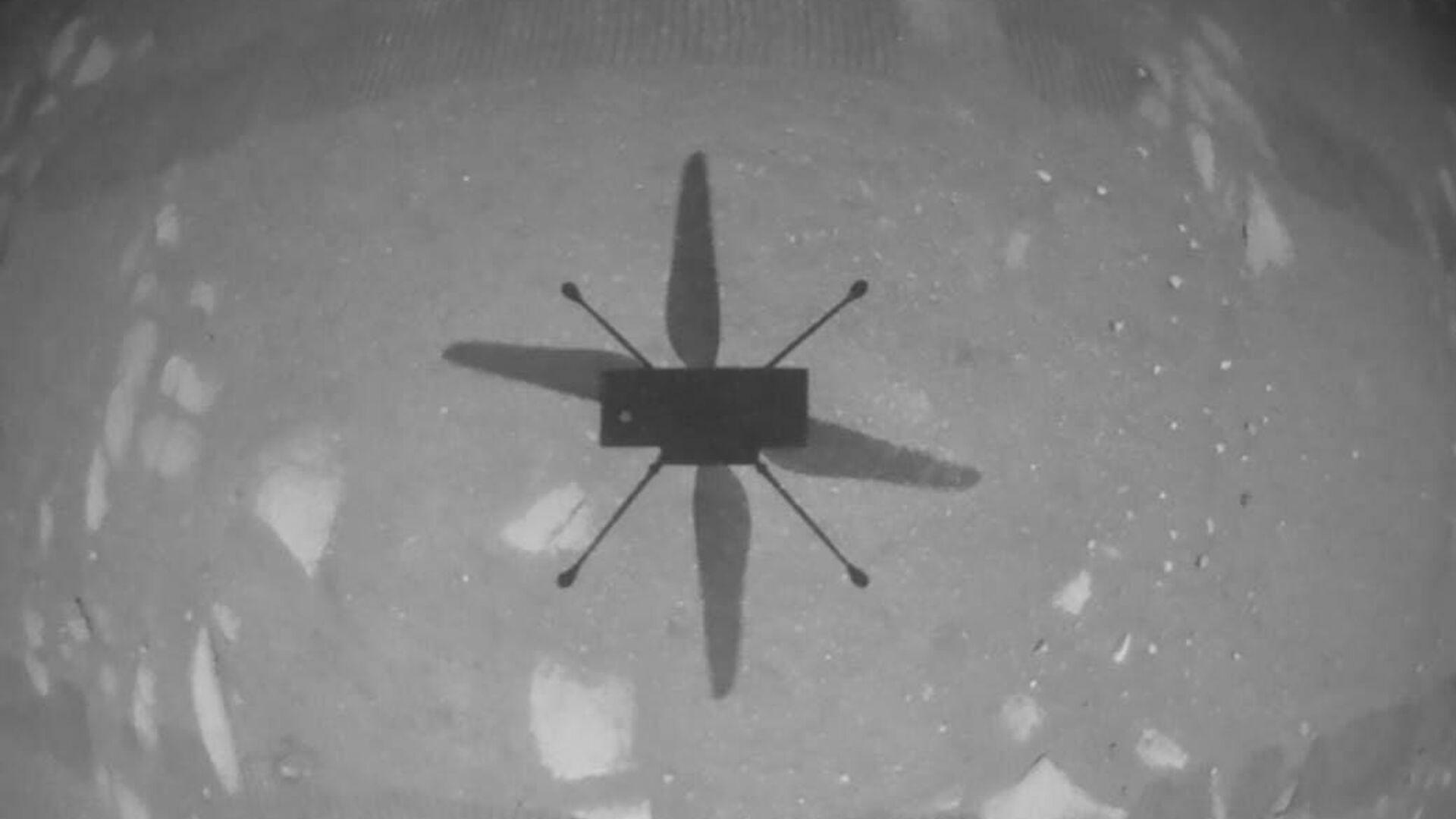 Первое фото, сделанное беспилотным вертолетом НАСА Ingenuity - РИА Новости, 1920, 19.04.2021