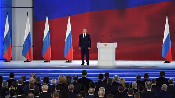 Президент РФ Владимир Путин после выступления с ежегодным посланием Федеральному Собранию
