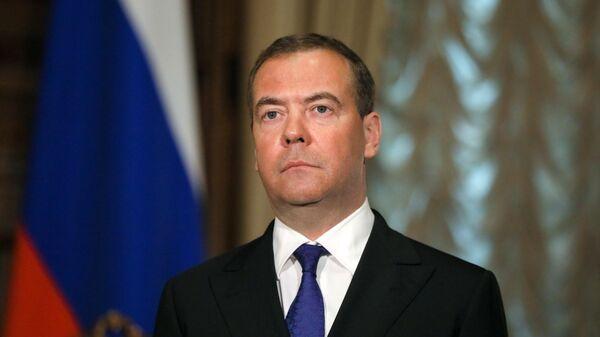 Председатель Единой России, заместитель председателя Совета безопасности РФ Дмитрий Медведев
