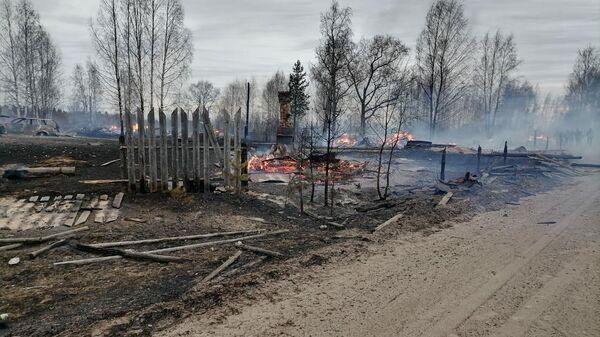 Тушение пожара в Красноборском районе в Архангельской области