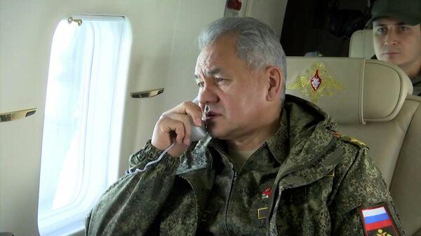 Шойгу прибыл на учения в Крым