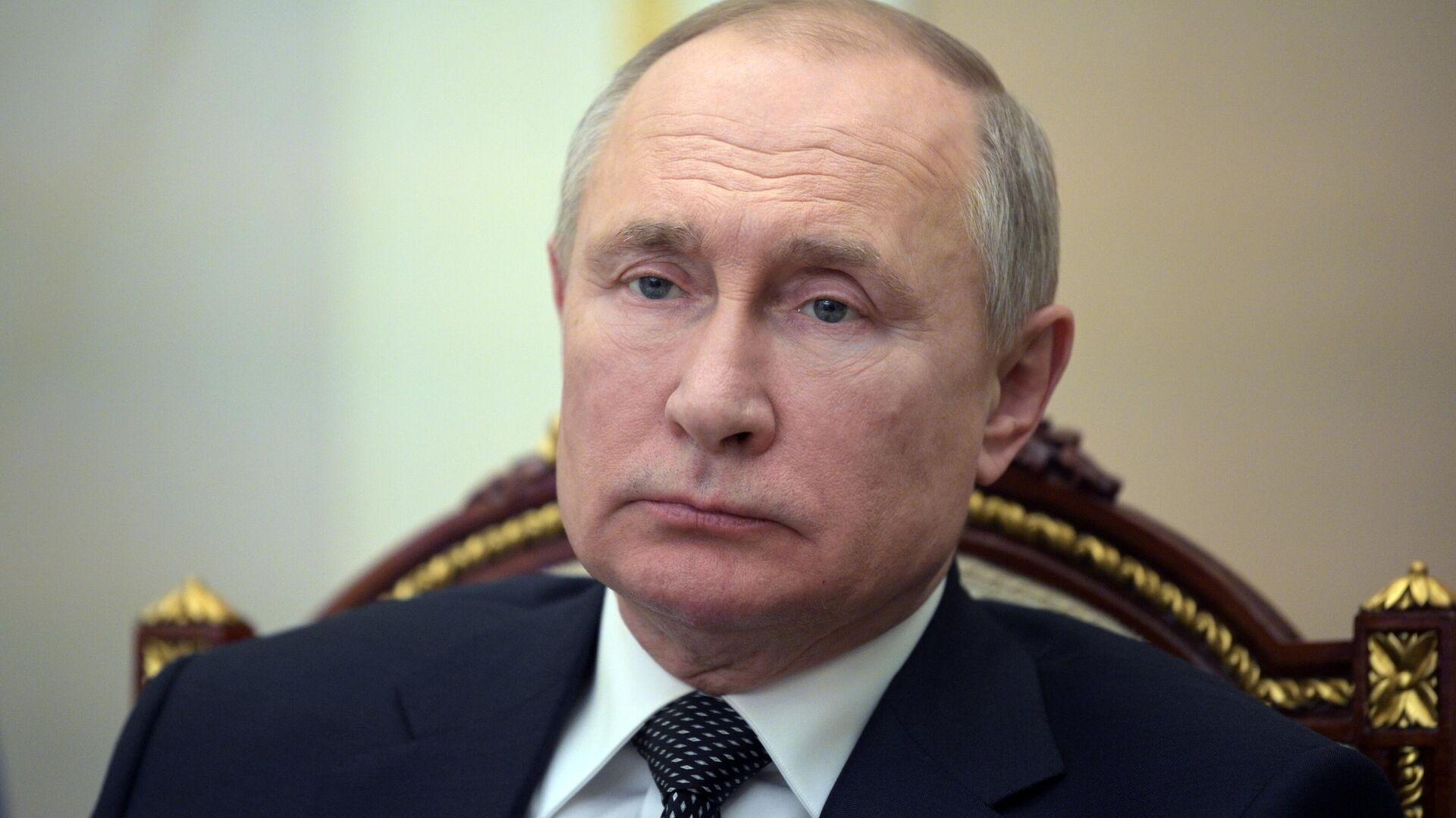 Путин продлил срок службы замсекретаря Совбеза Попова