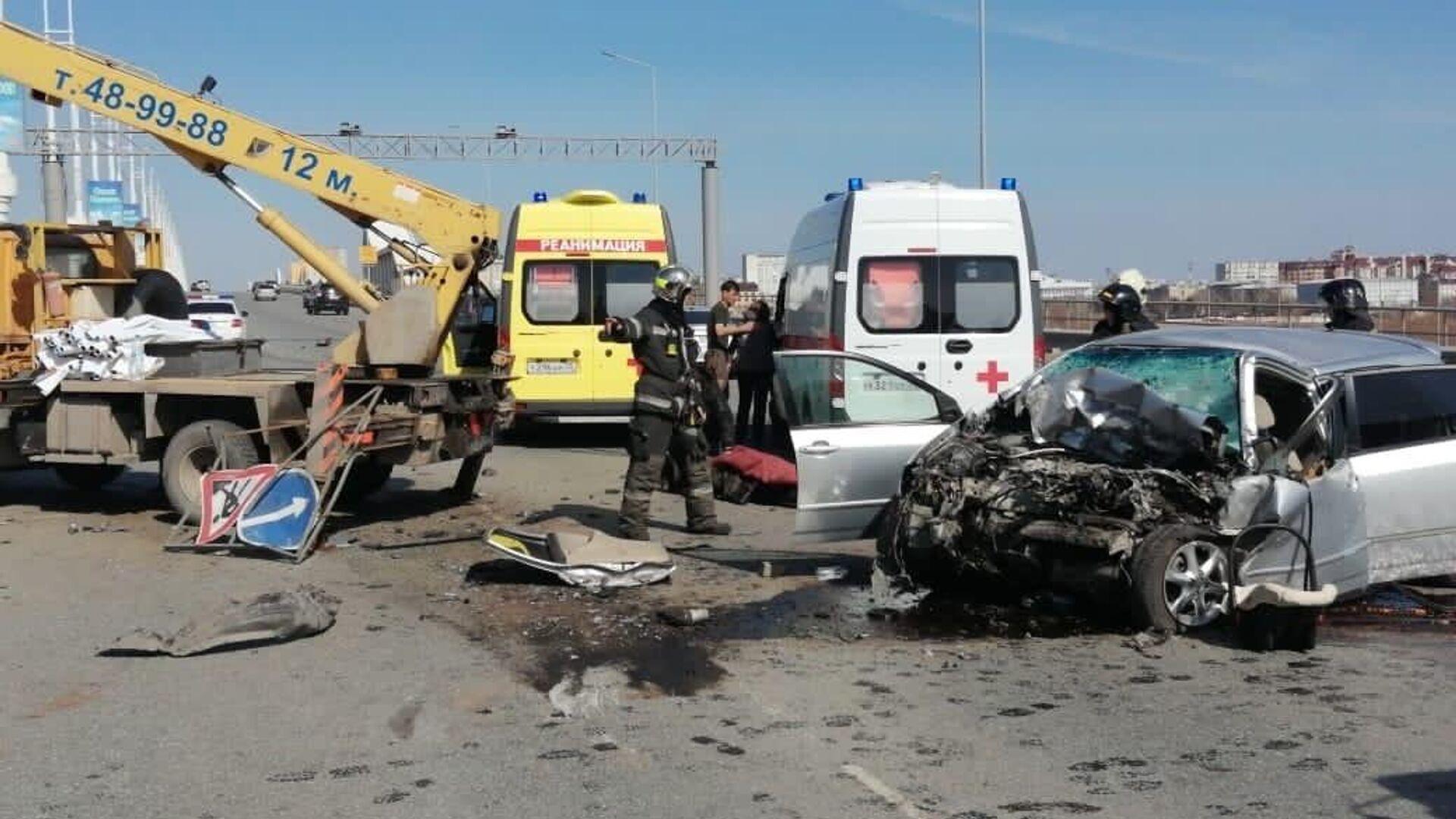 В Омске один человек погиб при ДТП с автовышкой