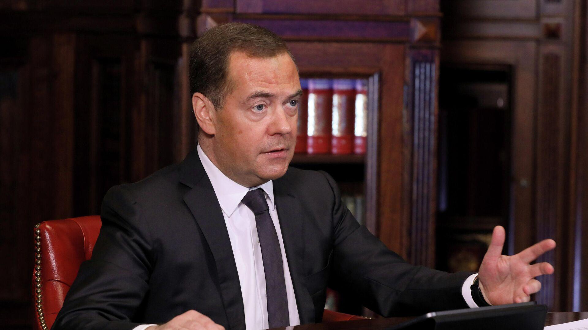 Медведев заявил, что у него с Кудриным не было враждебных отношений