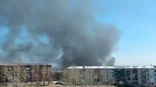 Кадры пожара на мебельной фабрике в Иркутской области