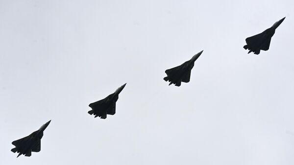 ВКС России получат два серийных Су-57 в 2021 году, сообщил источник