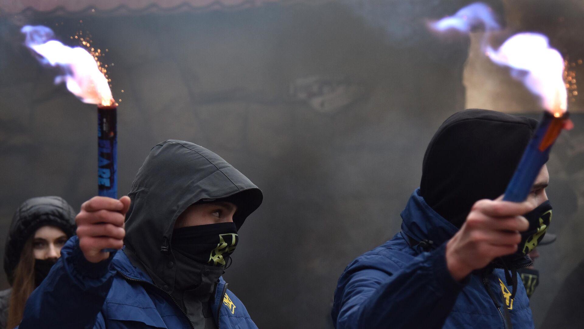 Активисты националистической организации Украины - РИА Новости, 1920, 04.08.2021