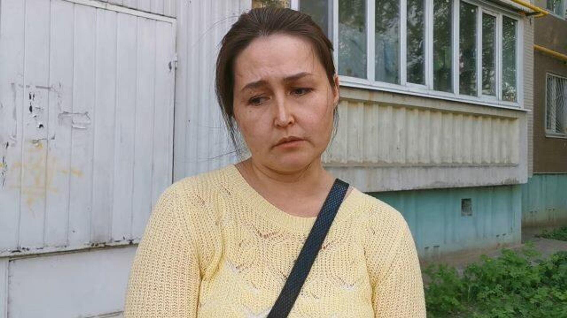 Учительница школы в Казани рассказала, как выпрыгивала с детьми из окна