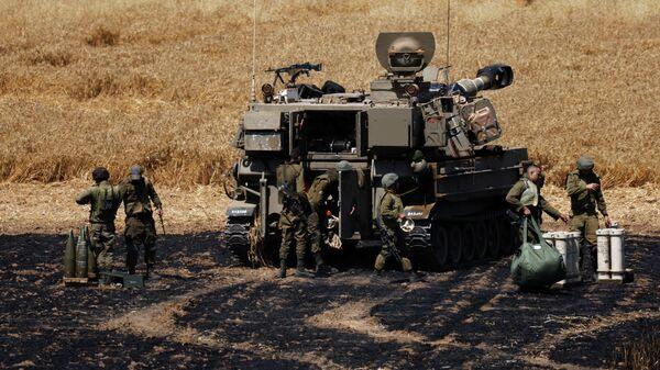 Израильские военнослужащие на границе Израиля и сектора Газа