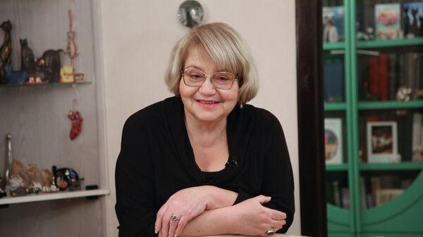 Писательница Екатерина Вильмонт