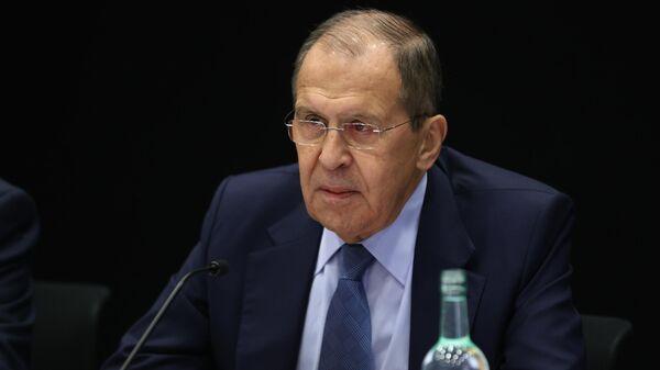 Не Кравчуку решать, как будет работать контактная группа, заявил Лавров