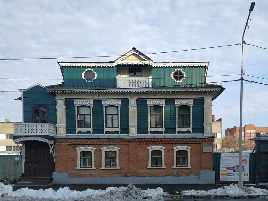 Курган, Кирова 32, после Том Сойер Феста