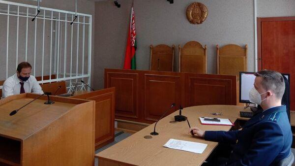 Адвокат Александр Филанович во время заседания суда по делу россиянки Софии Сапеги в Минске