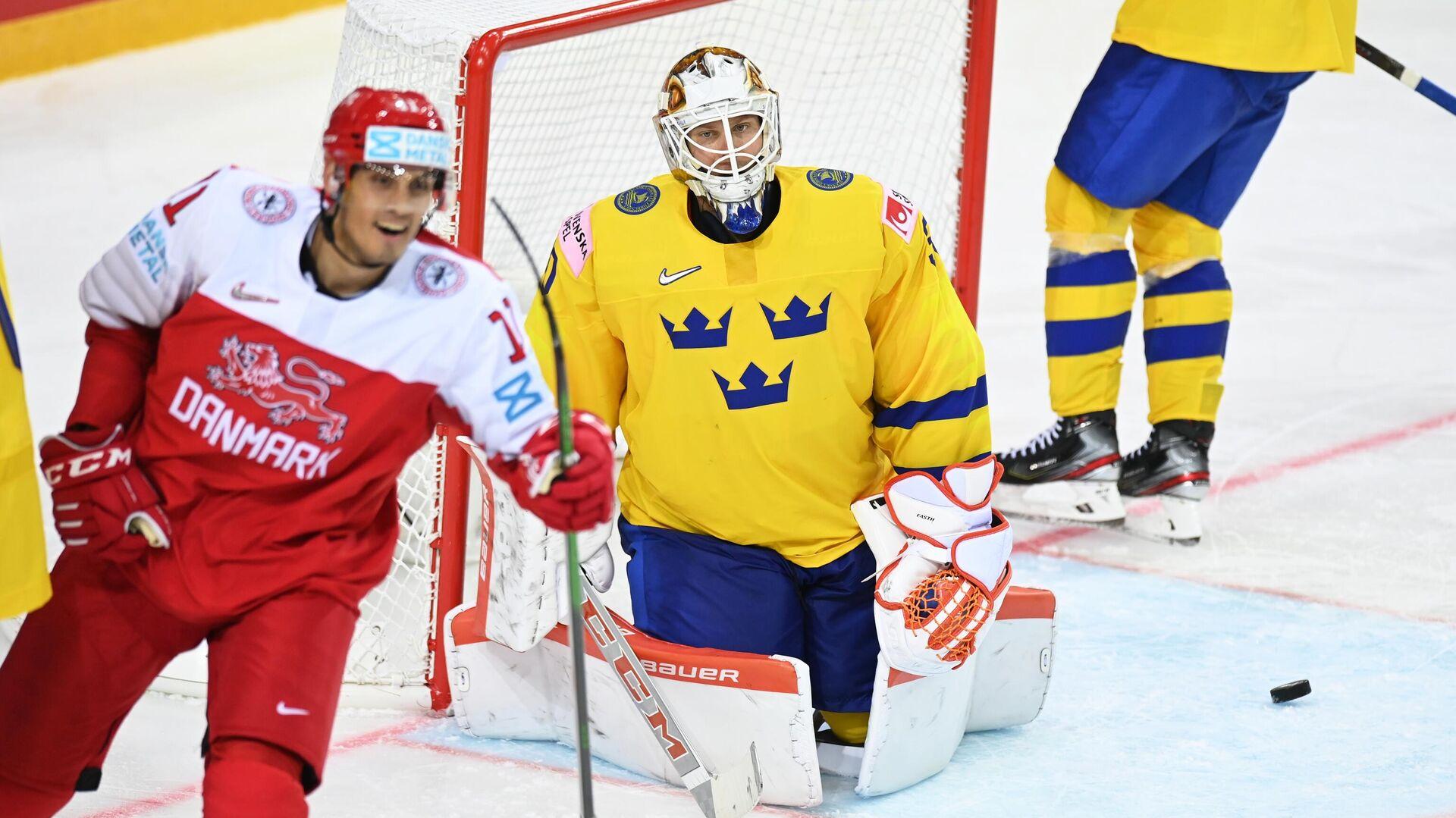 Хоккеисты сборной Швеции (в желтом) - РИА Новости, 1920, 02.06.2021