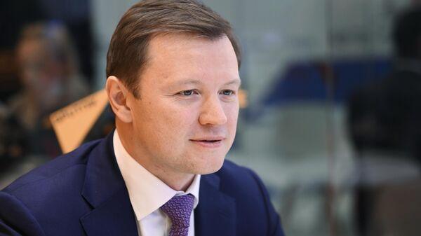 Заместитель мэра Москвы по вопросам экономической политики и имущественно-земельных отношений Владимир Ефимов в студии радио Sputnik на ПМЭФ-2021
