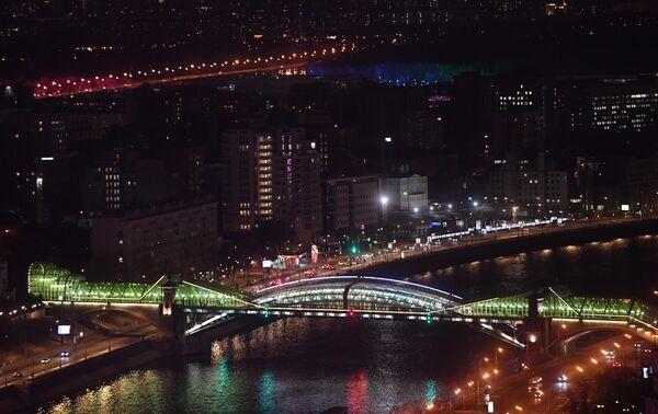 Мост Богдана Хмельницкого через Москву-реку