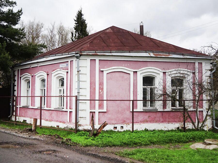 Дом 19 века в форме ромба