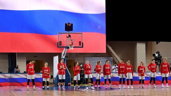 Игроки сборной России перед началом в матча квалификации чемпионата Европы по баскетболу 2021 между женскими сборными командами России и Эстонии.