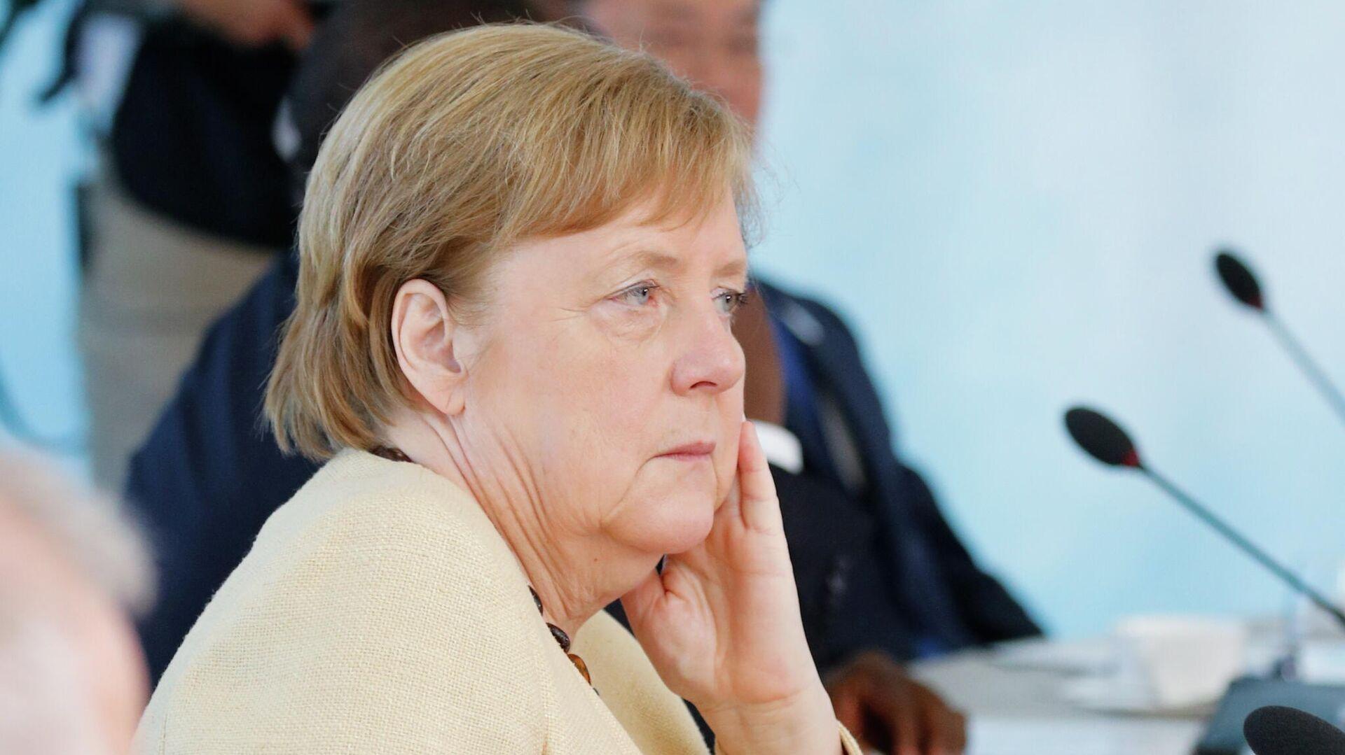 Канцлер Германии Ангела Меркель на саммите G7 в Великобритании - РИА Новости, 1920, 18.06.2021