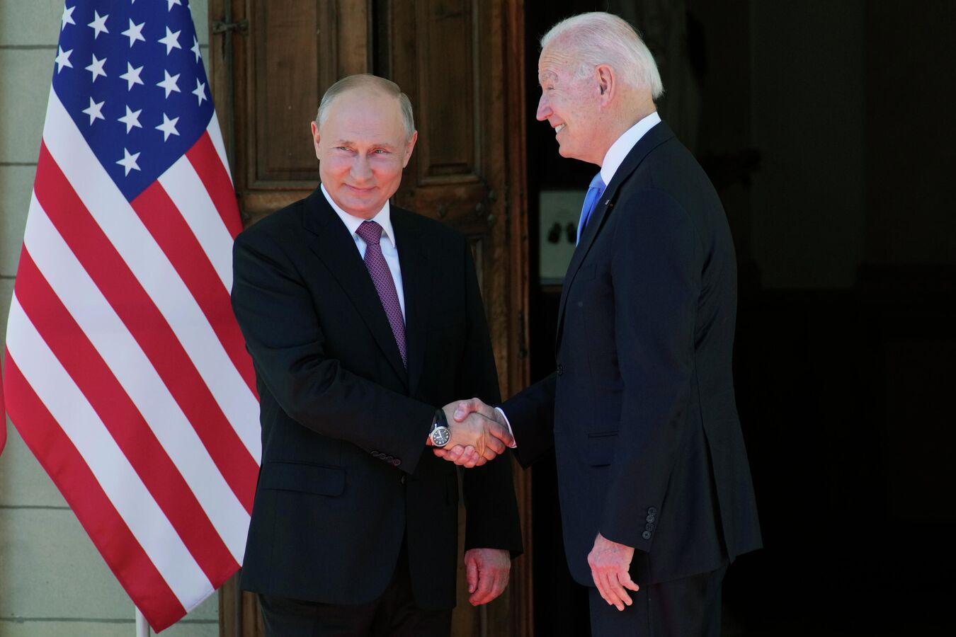 Napeto pred summit Biden-Putin: Rusi drže vojne vježbe pored Havaja, Ameri digli F-22, Američki i Ruski bombarderi lete Baltikom. 1737230308_0:0:3071:2047_1440x900_80_0_1_de67059428279350c3b7214078126fc4