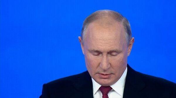 Путин предложил пятерку Единой России на думских выборах