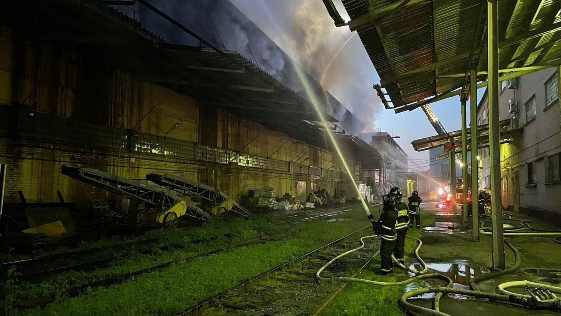 Пожар в Москве на Промышленной улице, 11А - РИА Новости, 1920, 24.06.2021