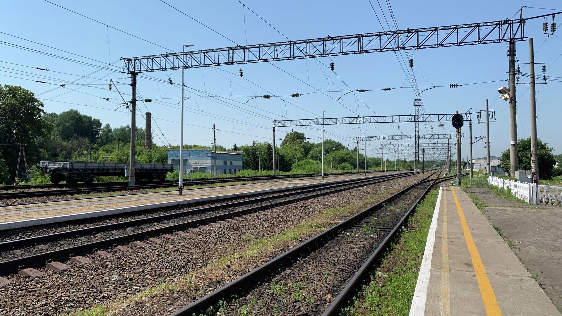 Поезд, столкнувшийся с грузовиком под Калугой, задержится на четыре часа