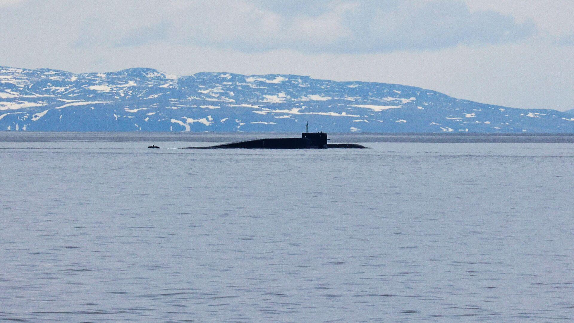 Атомная подводная лодка Новомосковск во время комплексных учений в Баренцевом море - РИА Новости, 1920, 02.07.2021