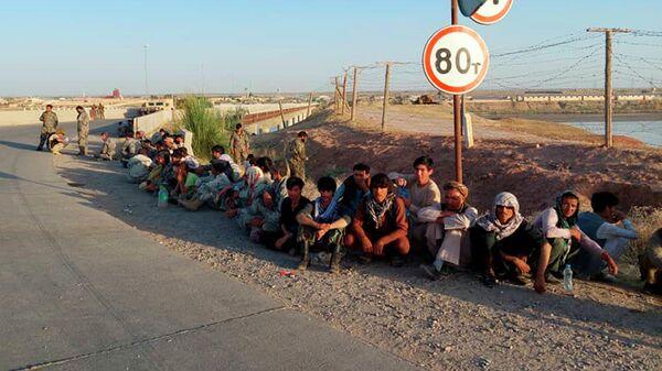 Военнослужащие Афганистана рядом с таджикско-афганской границей в Таджикистане