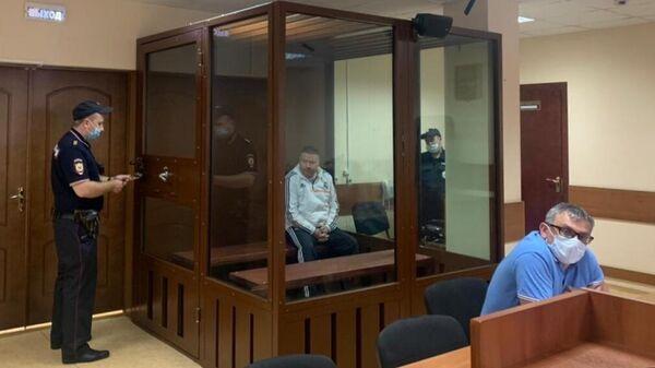 Начальник ОМВД по Егорьевску Олег Ермаков, обвиняемый по делу о покушении на убийство (ст. 105 УК РФ), на заседании Пресненского суда Москвы