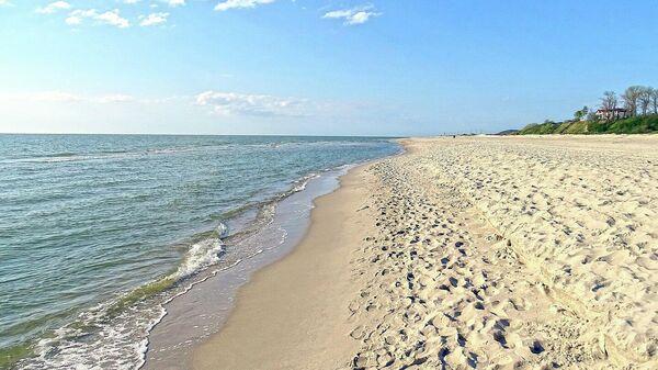 Морской пляж в Янтарном