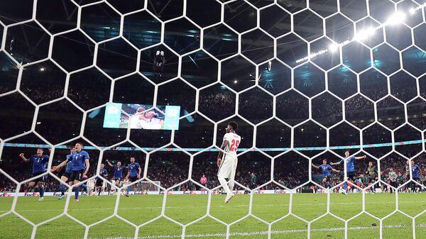 Футболист сборной Англии Букайо Сака