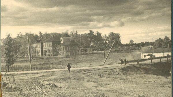 Шарашка - здание в московском районе Марфино, где ранее располагалась спецтюрьма, в которой содержался писатель Александр Солженицын