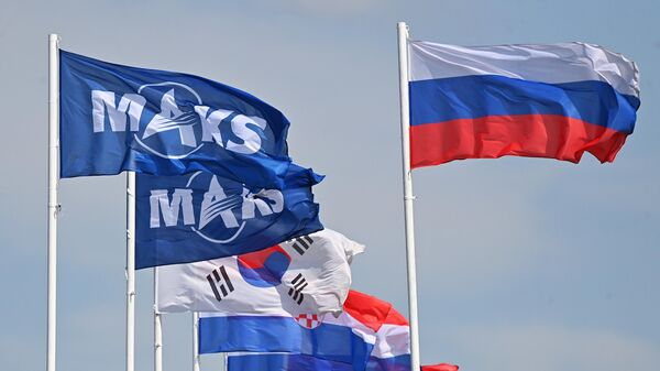 Флаги на площадке проведения Международного авиационно-космического салона МАКС-2021