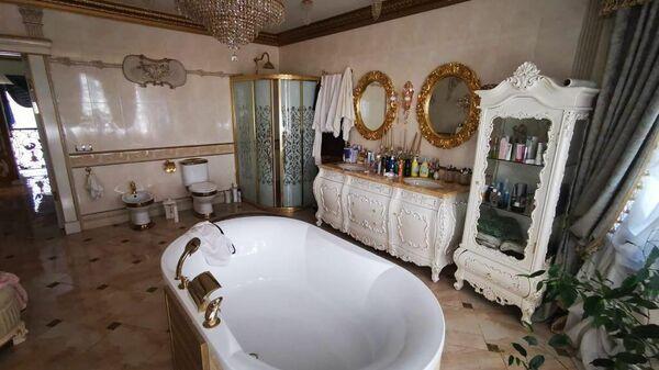 Ванна в доме задержанного главы ГИБДД по Ставрополью Алексея Сафонова