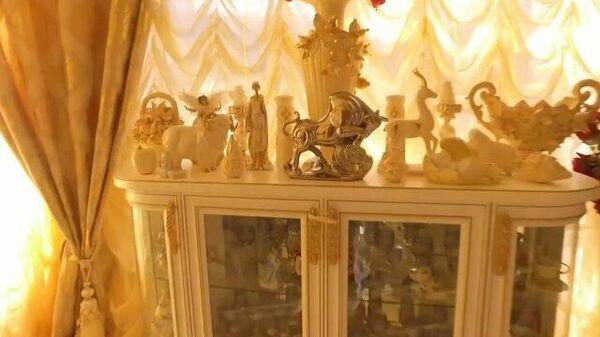 Дворец, лепнина, золото: кадры из дома задержанного главы ГИБДД Ставрополья