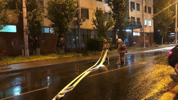 Дом на улице Ленина затопило в результате сильного ливня в Ростове-на-Дону