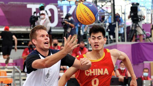 Баскетболист сборной России Александр Зуев