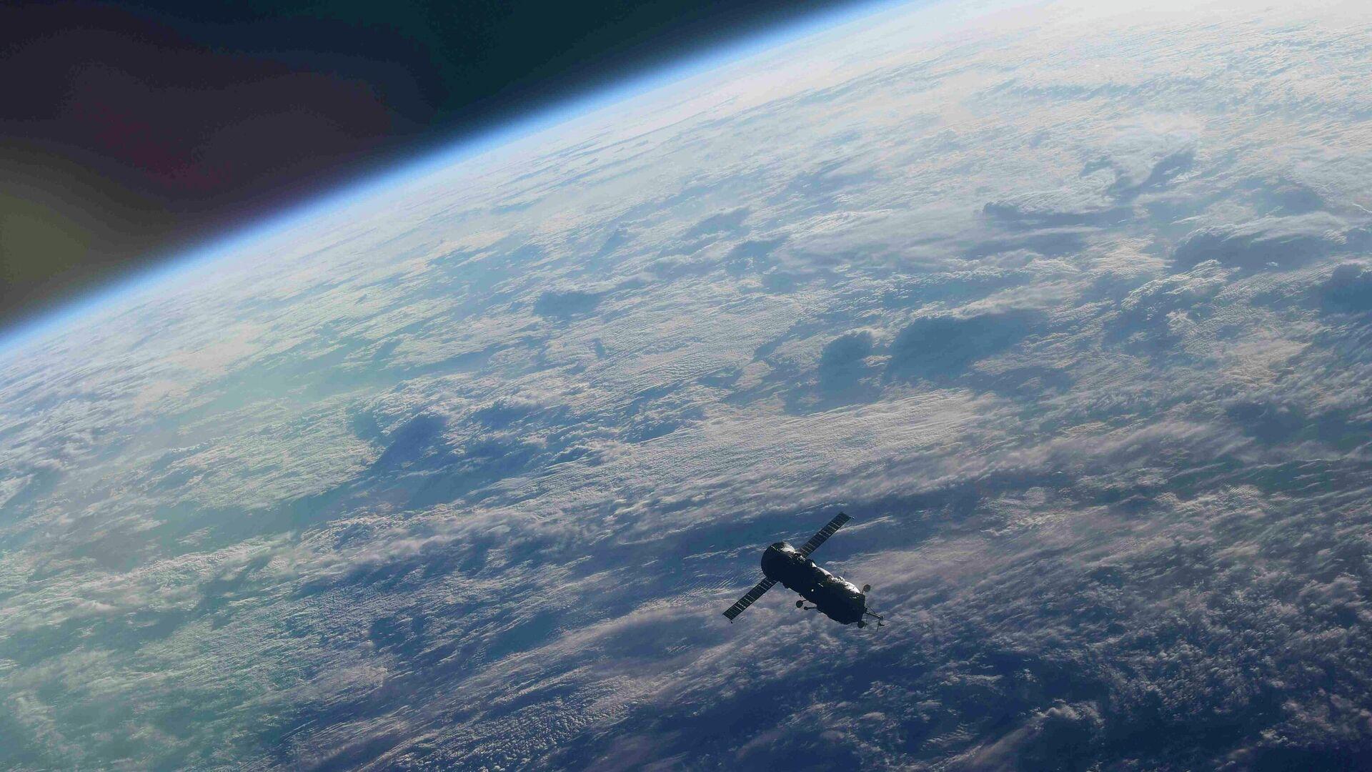 Модуль Пирс после отстыковки от МКС - РИА Новости, 1920, 03.09.2021