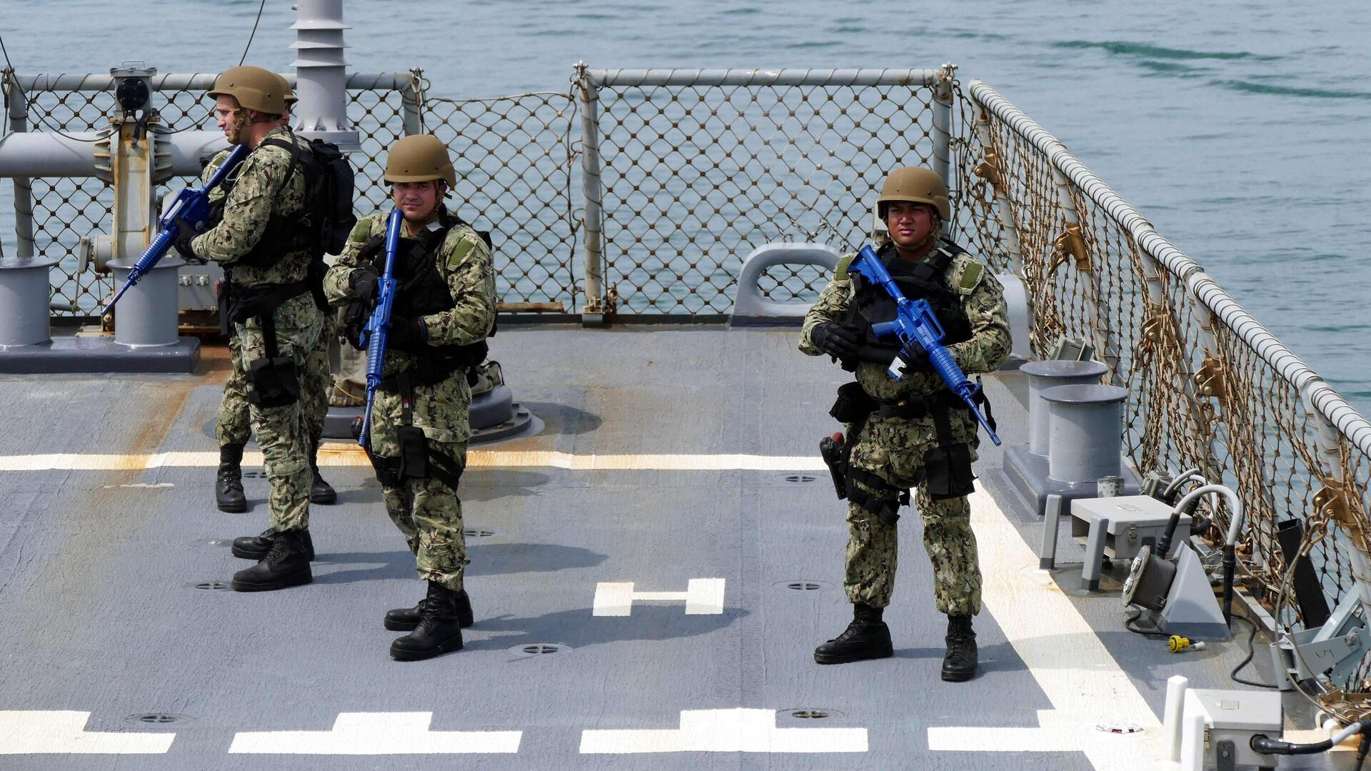 Участники первого этапа морской фазы военных учений Sea Breeze-2021 - РИА Новости, 1920, 05.08.2021